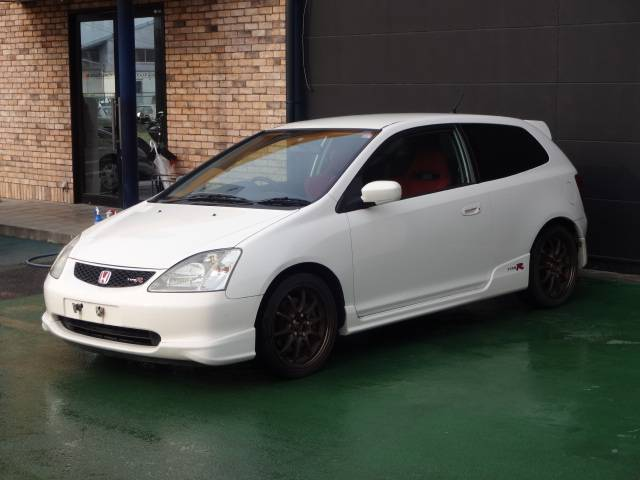 Featured 2002 Honda Civic Type R at J-Spec Imports
